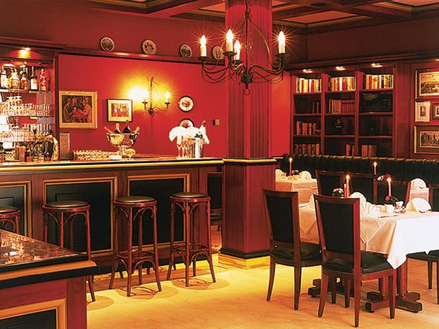 restaurant parduin sorat hotel brandenburg. Black Bedroom Furniture Sets. Home Design Ideas