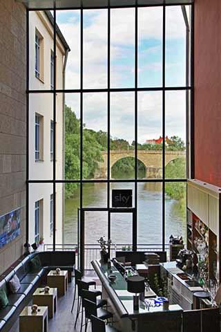 hotel regensburg sorat insel hotel regensburg hotels regensburg old town. Black Bedroom Furniture Sets. Home Design Ideas